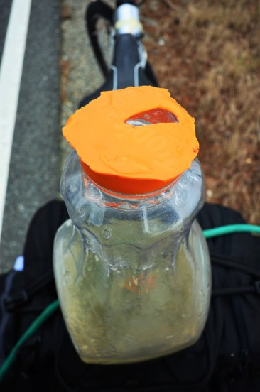My bottle fell while on the go and... haha, no need to turn the lid now