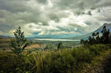 Close to Ibarra, entering Ecuador.